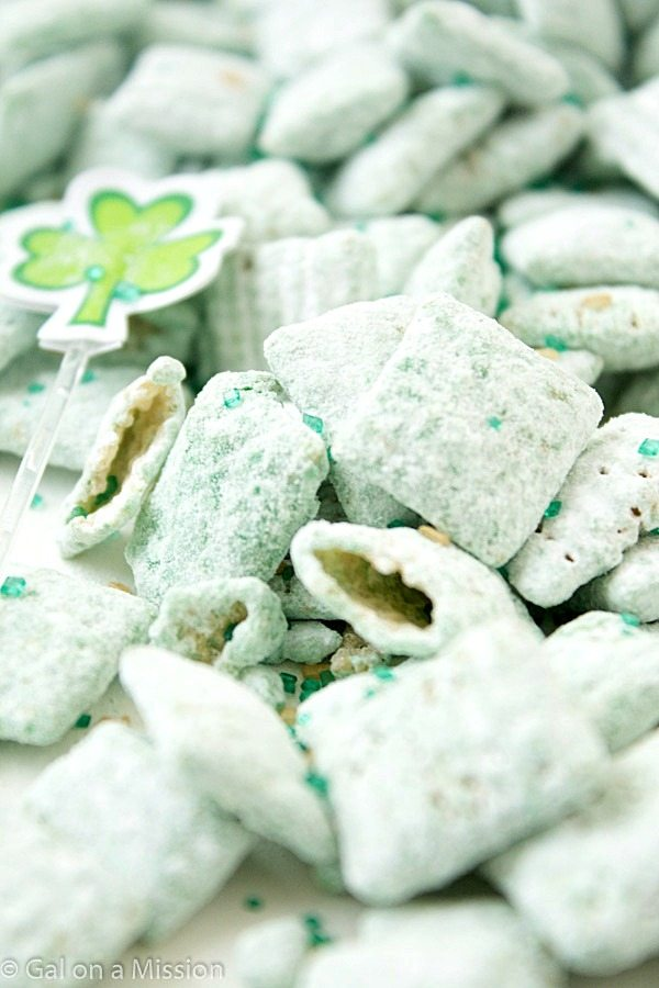 St.-Patricks-Day-Puppy-Chow-11-11